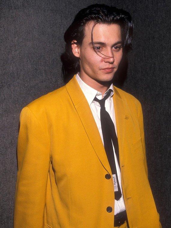 Johnny-Depp-en-1990_exact780x1040_p