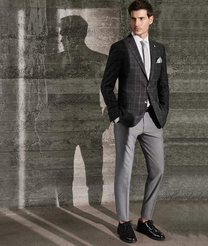Veste courte gris argent
