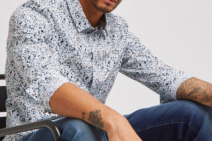 look homme avec une chemise