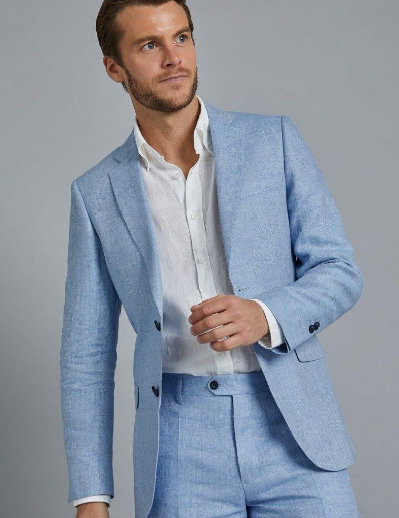 costume en lin bleu pastel