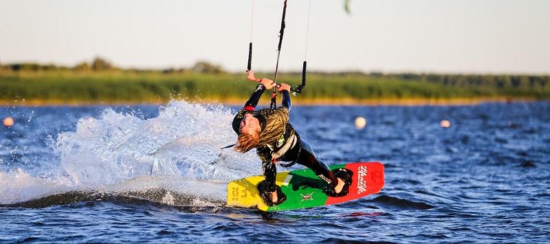 kitesurfer en action